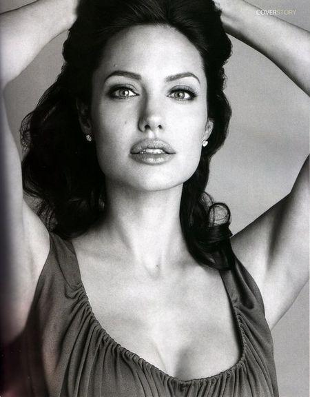 Angelina Jolie w InStyle