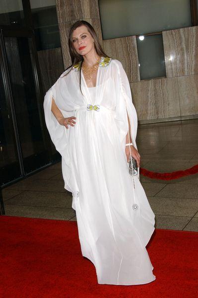 Milla Jovovich nie z tej epoki