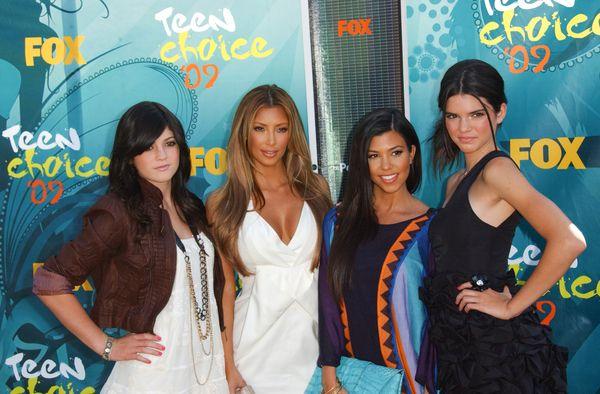 Kim Kardashian z rozjaśnionymi włosami