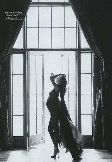 Miranda Kerr w Vogue Australia