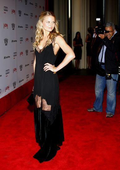 Jennifer Morrison z dziurą na udach
