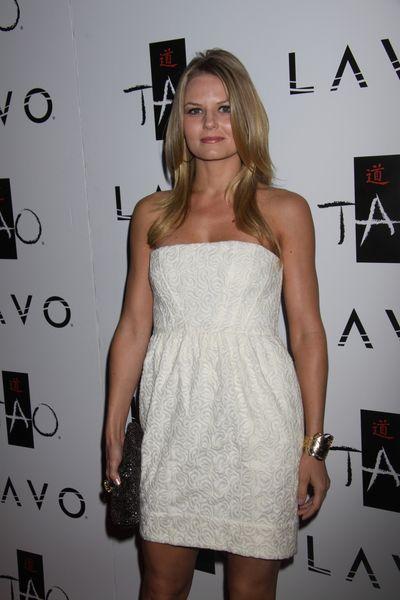 Subtelna Jennifer Morrison