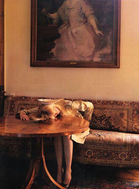 Claudia Schiffer w pełnej humoru sesji