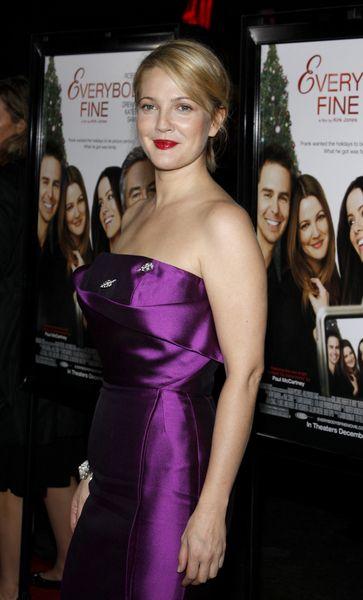 Fioletowa Drew Barrymore