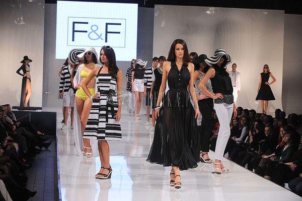 Pokaz mody F&F cz.2