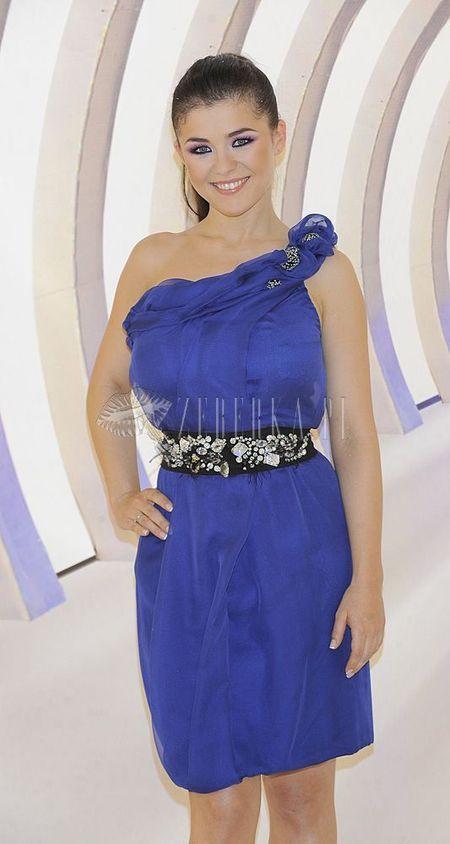 Kasia Cichopek w sukience Zienia