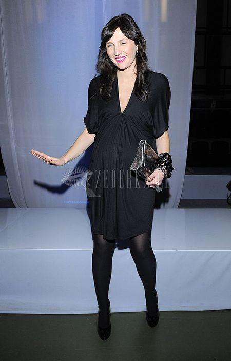 Reni Jusis świetnie nosi małą czarną