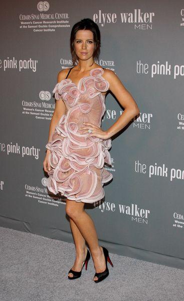 Kate Beckinsale - sporo tej sukienki