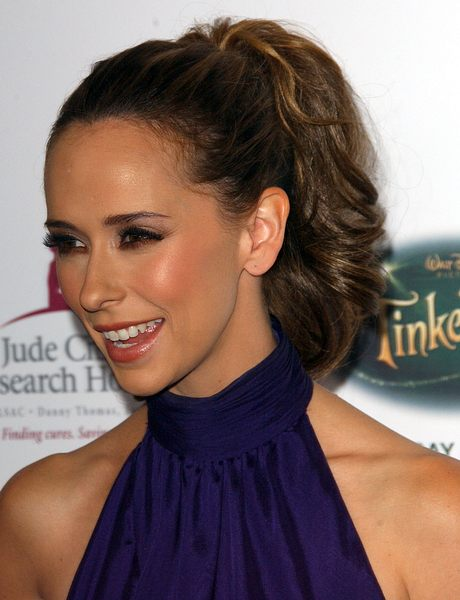 Kucyk Jennifer Love Hewitt