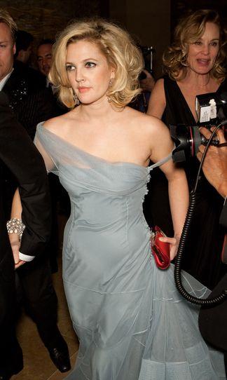Wielka fryzura Drew Barrymore