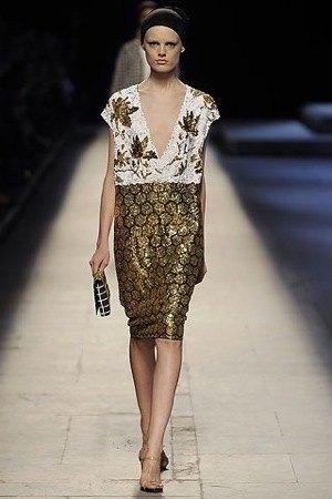 Sukienka z kolekcji Dries Van Noten
