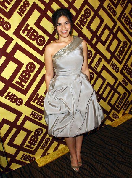 America Ferrera w sukni Oscara de la Renty