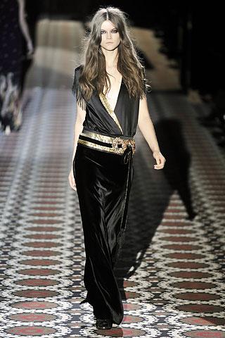 Jenny McCarthy w sukni Gucci