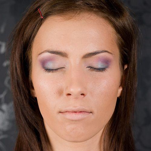 Tropikalny makijaż krok po kroku