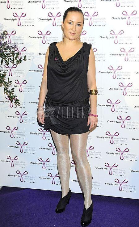 Paulina Przybysz pokazuje nogi