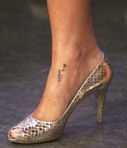 rihanna tattoo tatuaż
