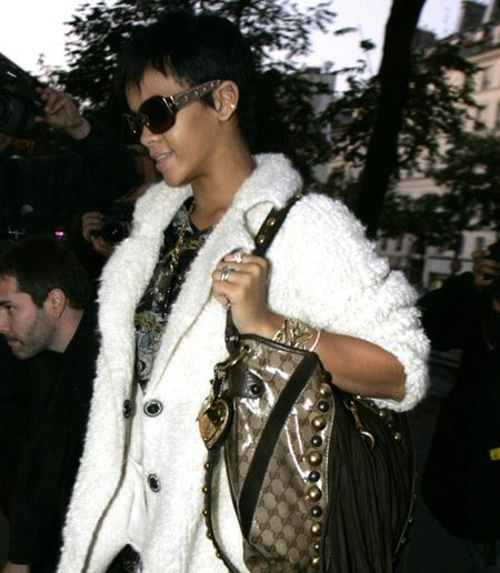 Doda i jej torebka Gucci