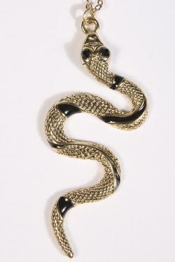 Naszyjnik z wężykiem
