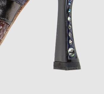 Sandały z motywem skóry węża od Miu Miu