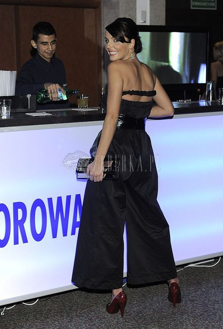 Agnieszka Włodarczyk w kombinezonie      <br />