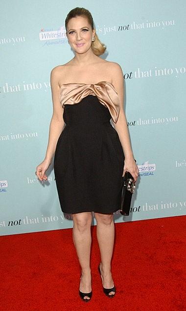 Drew Barrymore poszło w biodra