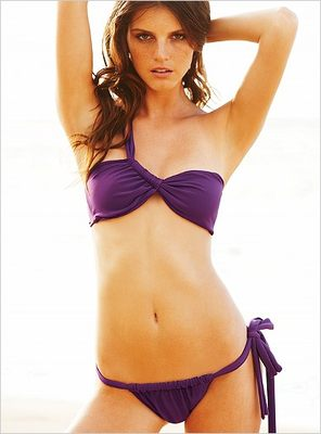 Plażowa moda Victoria's Secret