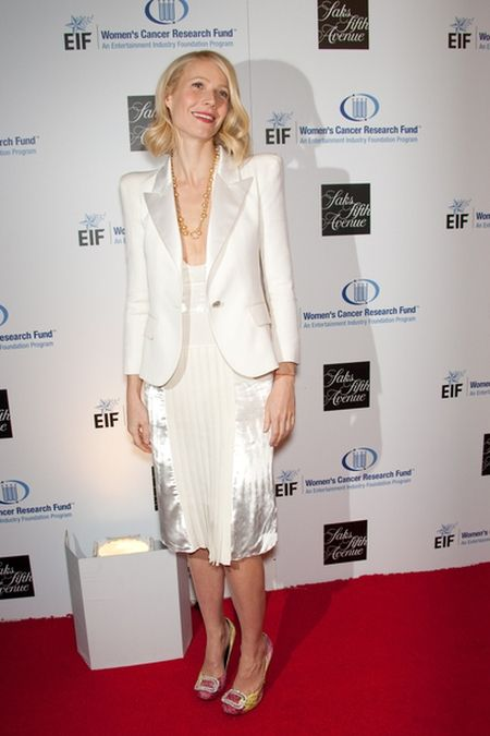 Gwyneth Paltrow i jej kolorowe pantofelki