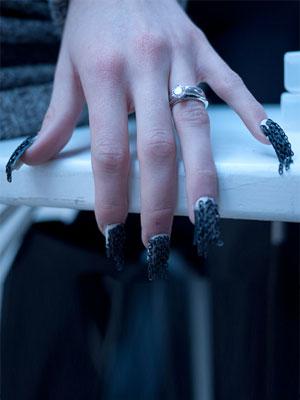 Łańcuszki na paznokciach