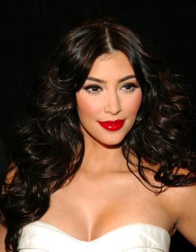 Kim Kardashian w bieli