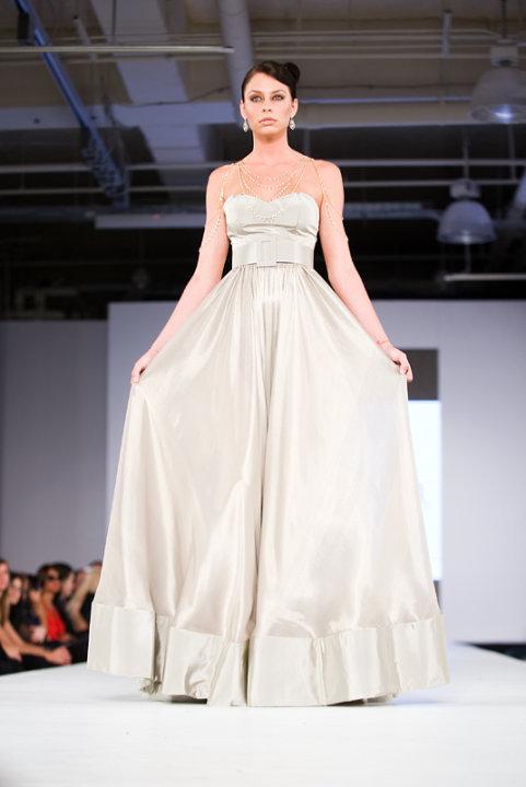 Suknia od Jada Ghandoura