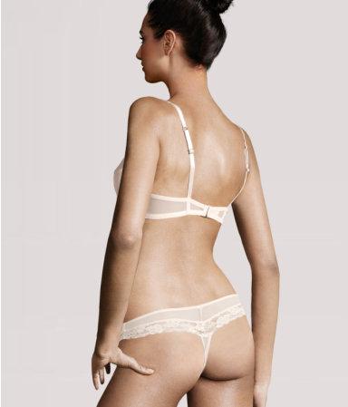 H&M dokleja głowy modelek do nierzeczywistych ciał