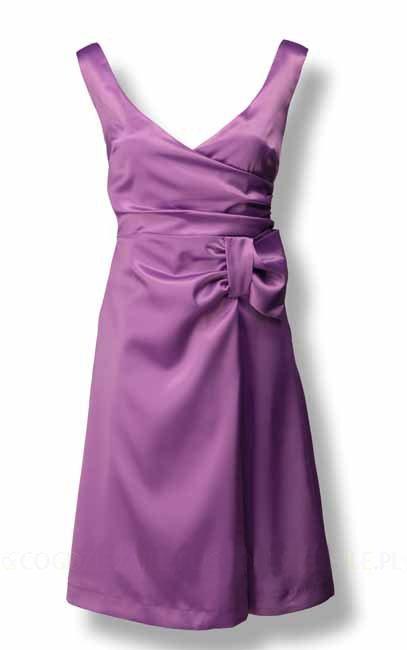Jaka sukienka dla niewysokiej i szczupłej?