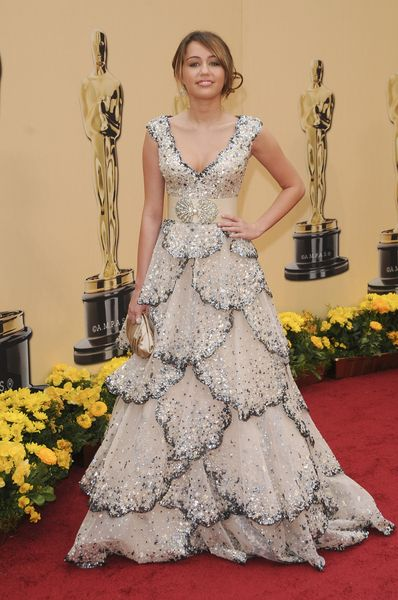 Miley Cyrus w kreacji godnej Oscara