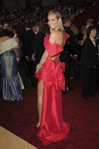 Heidi Klum ponownie in red