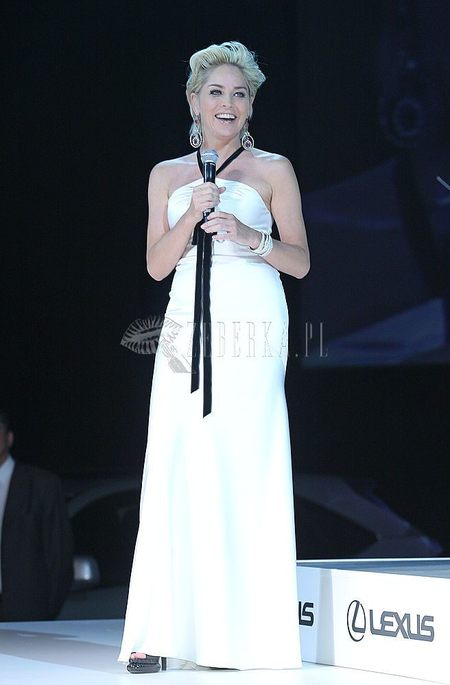 Kreacja Sharon Stone na Lexus Fashion Show