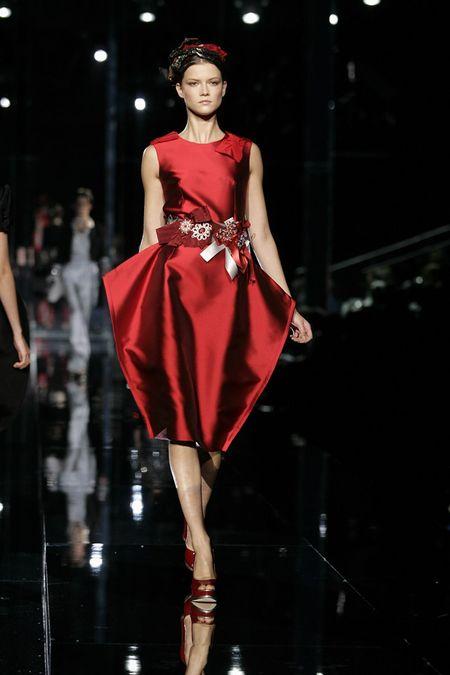Jessica Alba w czerwieni