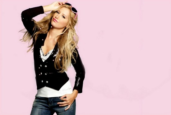 Ashley Tisdale dla Puerco Espin