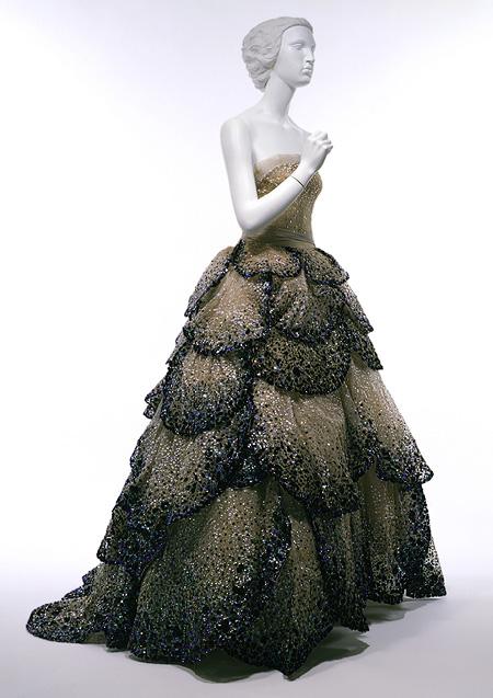Oryginał dla sukienki Miley Cyrus