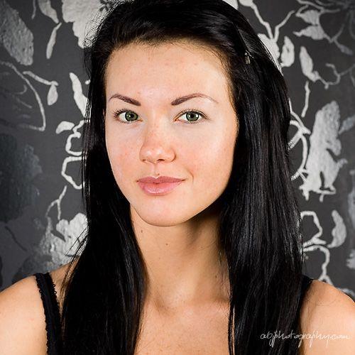 Ulubiony makijaż Kim Kardshian krok po kroku
