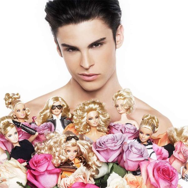 Karl Lagerfeld stylizuje Barbie