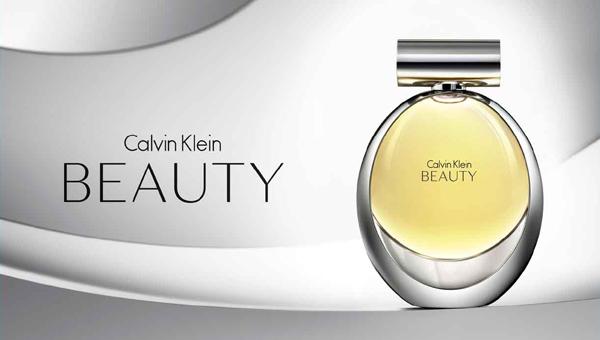 ...красоту женщины, композиция Beauty Кельвин Кляйн построена на...