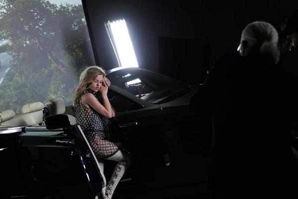 Georgia May Jagger dla Chanel - zdjęcia zza kulis