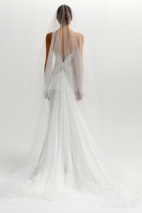Свадебные платья сзади картинки