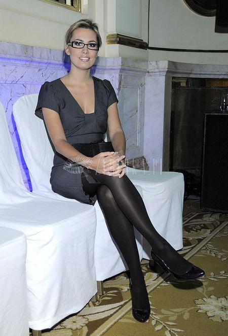 Agnieszka Popielewicz w wersji oficjalnej