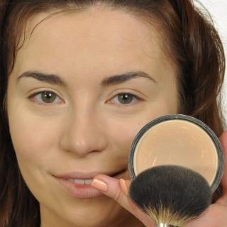 Oranżowo-różowy makijaż na wiosnę (VIDEO)