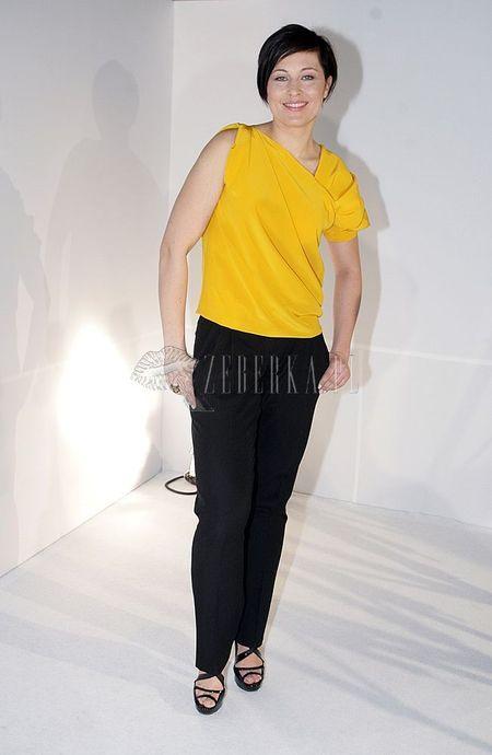 Beata Sadowska na żółto
