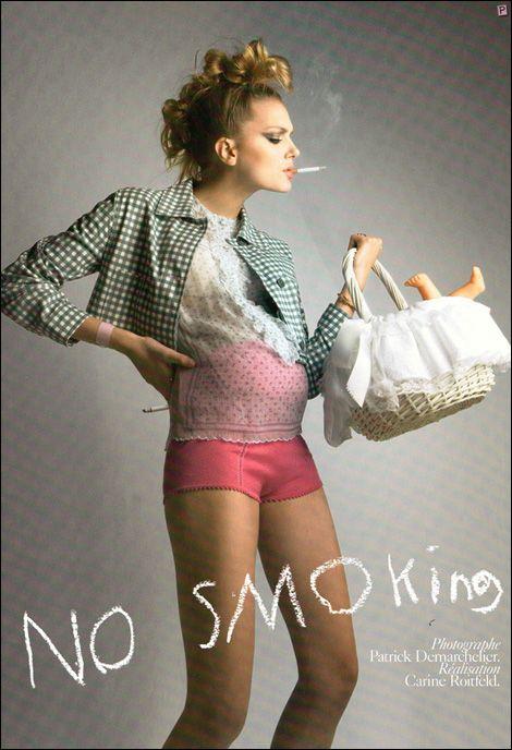 Lily Donaldson z brzuszkiem i papierosem
