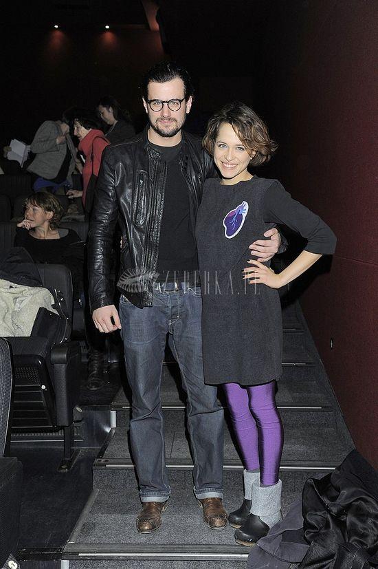 Aleksandra Hamkało w fioletowych legginsach