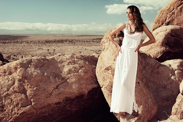 Alessandra Ambrosio w kampanii Monsoon