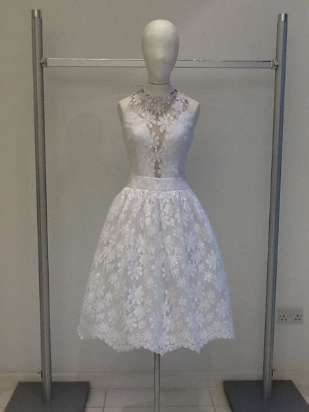 Kelly Brook i Amanda Holden w sukniach od Jacquesa Azagury